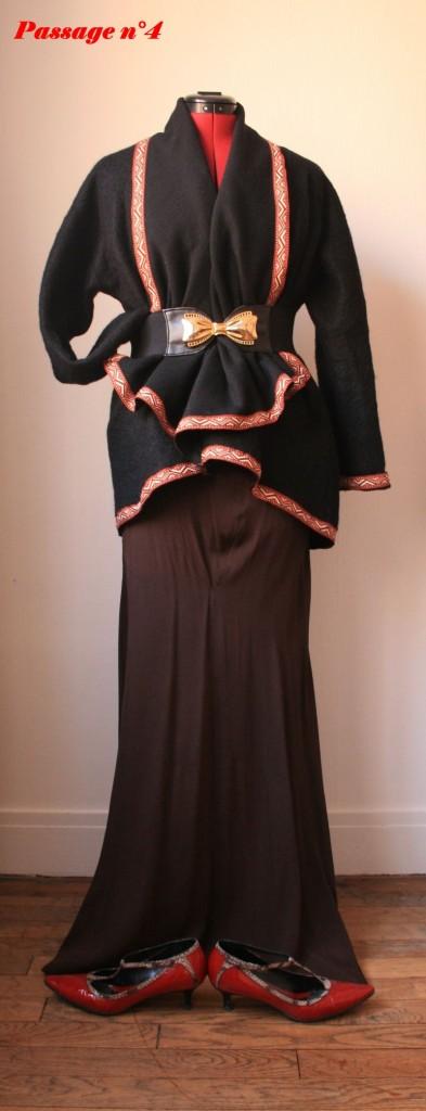 Veste faite par moi bordée de ruban ethnique, jupe vide grenier, chaussures Sonia Rykiel, ceinture Emmaus