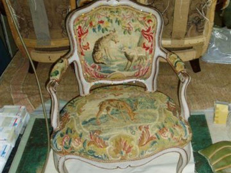 nouveau n dans mon nid douillet un fauteuil cabriol louis xv chocolat et vieilles dentelles. Black Bedroom Furniture Sets. Home Design Ideas