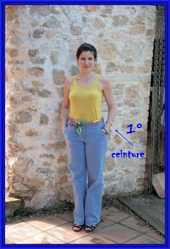 910cabfc3b1 10 façons de nouer son carré Hermès (ou pas!)