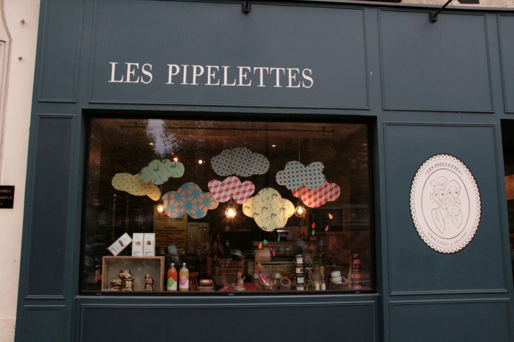 vitrine pipelettes nuages 2014 002
