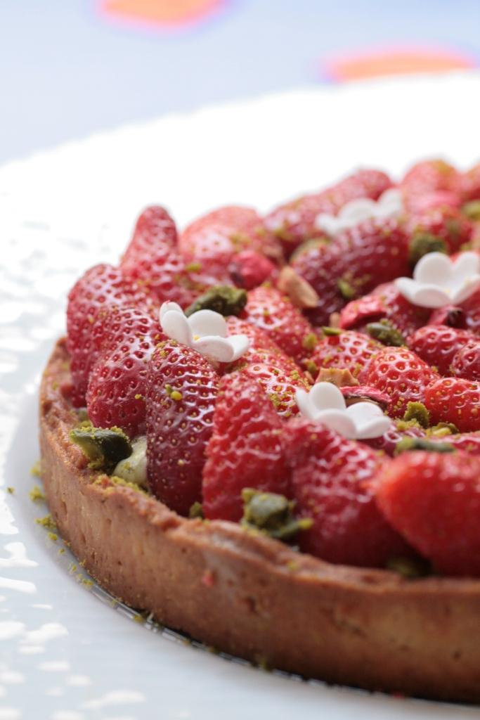 tarte fraises pistache Ladurée 038
