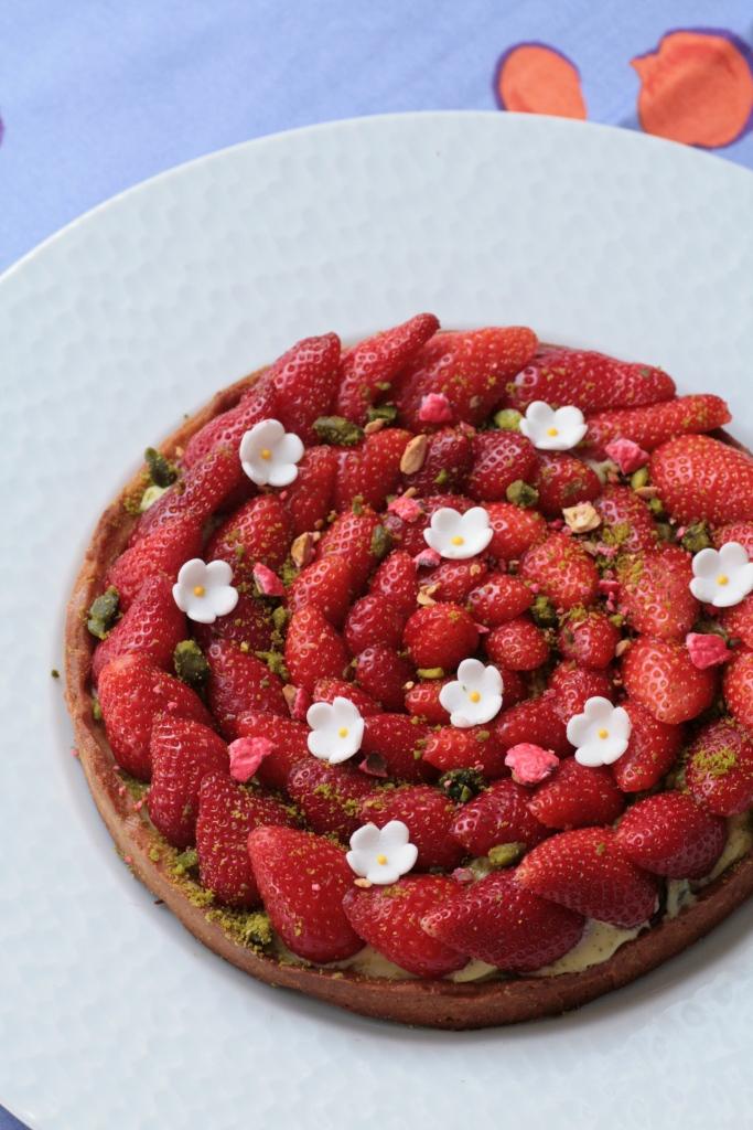 tarte fraises pistache Ladurée 066
