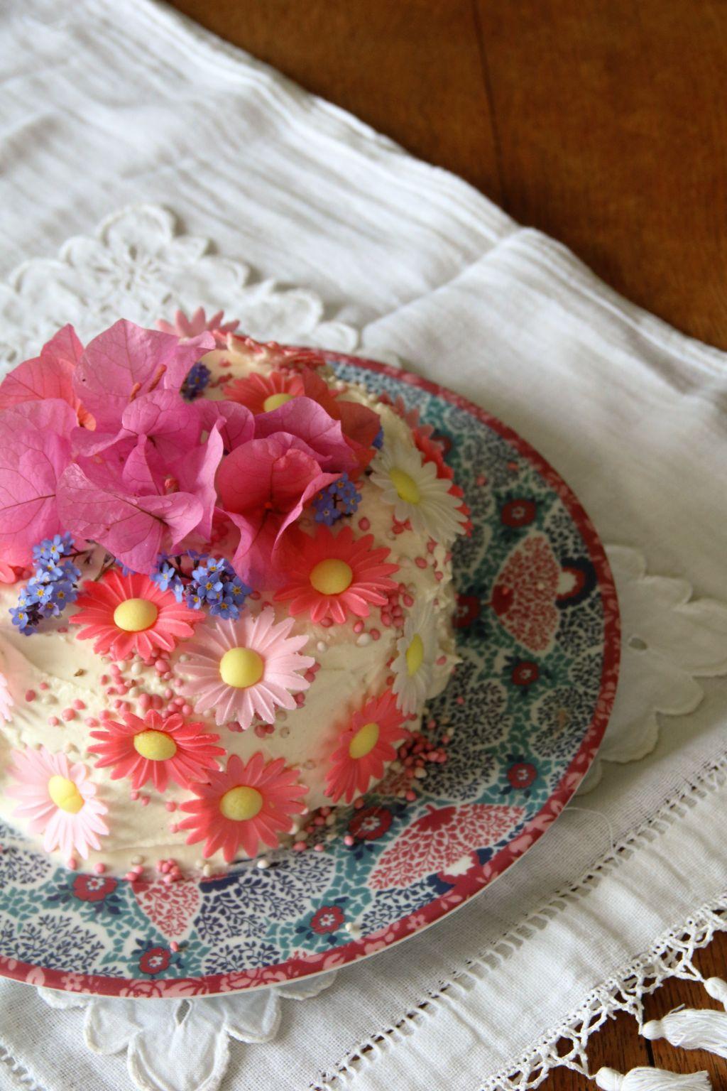 Rainbow Cake Sans Chantilly